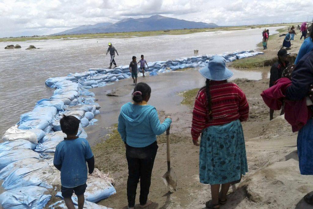 Graves pérdidas en territorio uru chipaya debido a las inundaciones